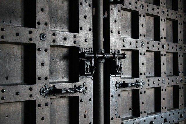Comment rendre votre serrure de porte inviolable ?
